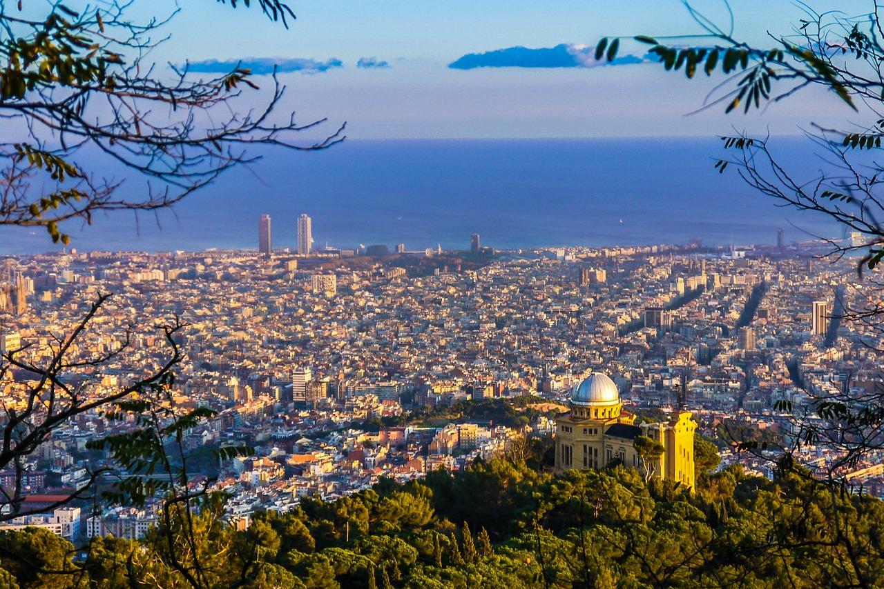 Barcelona (Bild: JoaquinAranoa, Pixabay)