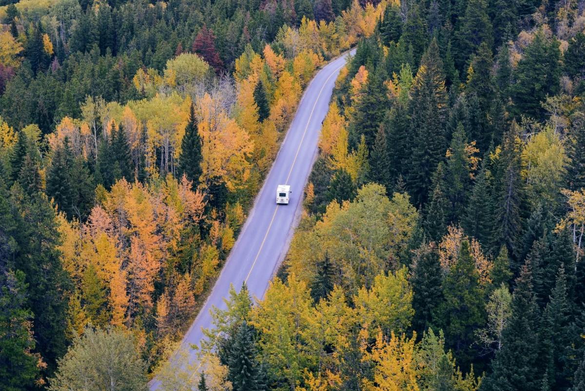 Kanada, Jasper, Camper (Foto: Tim Gouw, Unsplash)