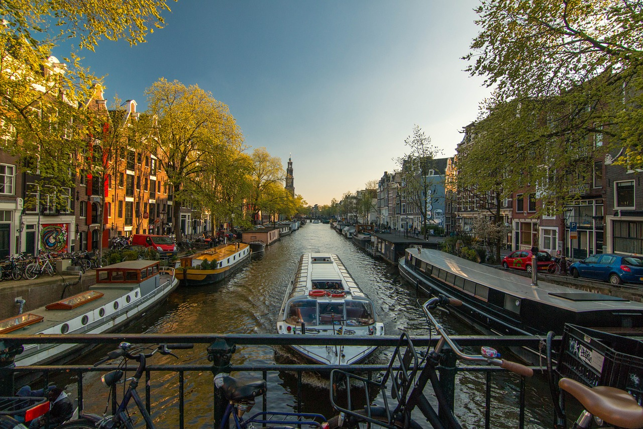 Solo Trip to Amsterdam & Solo Holidays Amsterdam (Image Credit: Pixabay)