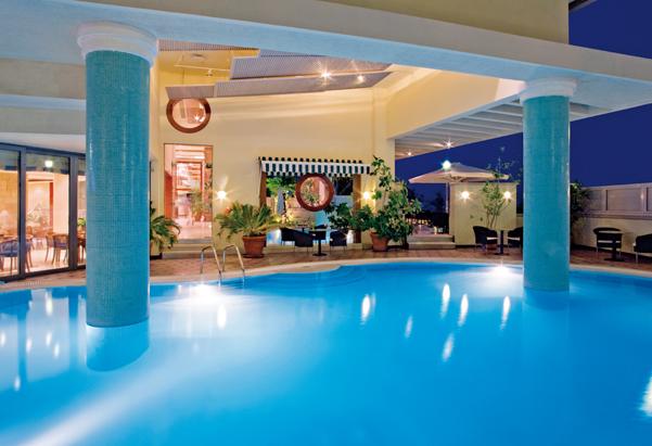pool-2_copyright_hotel-mediterranean-rhodos