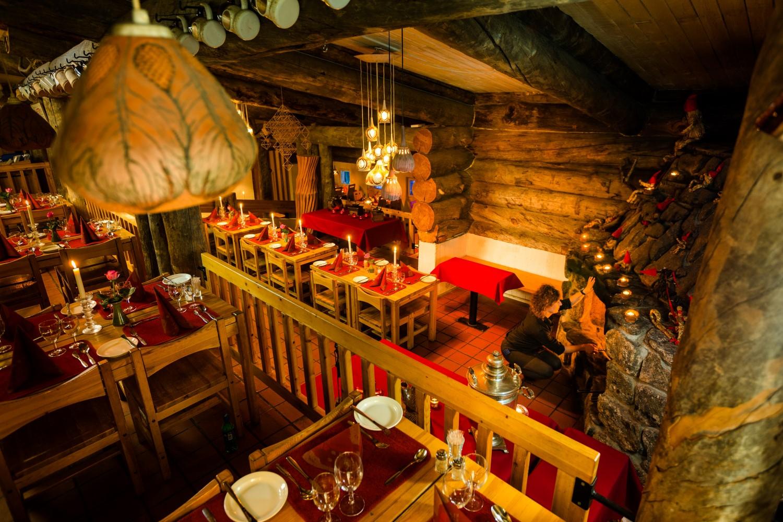 Hüttenrestaurant Finnland, Lappland (Bild © Kakslauttanen Arctic Resort)