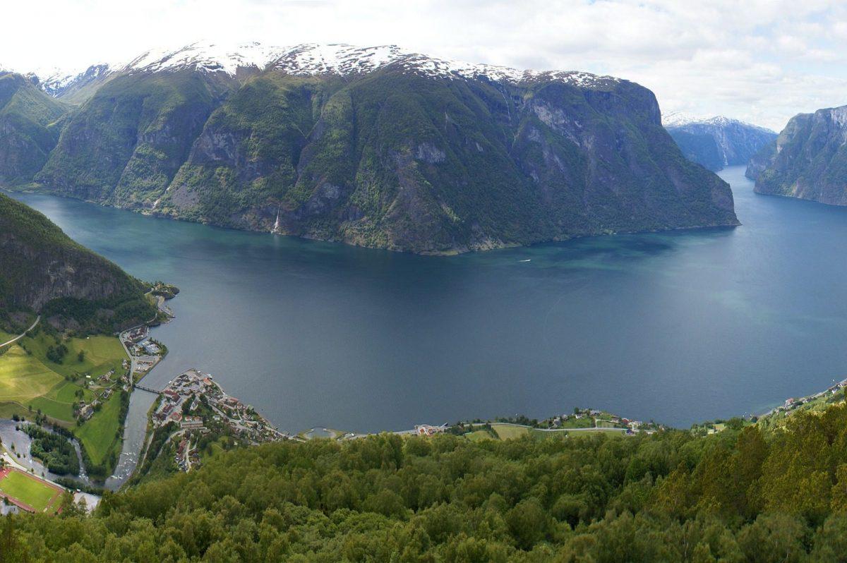 Norwegen – Norway, Fjord, Meer, Schnee, Ausblick, Aussicht