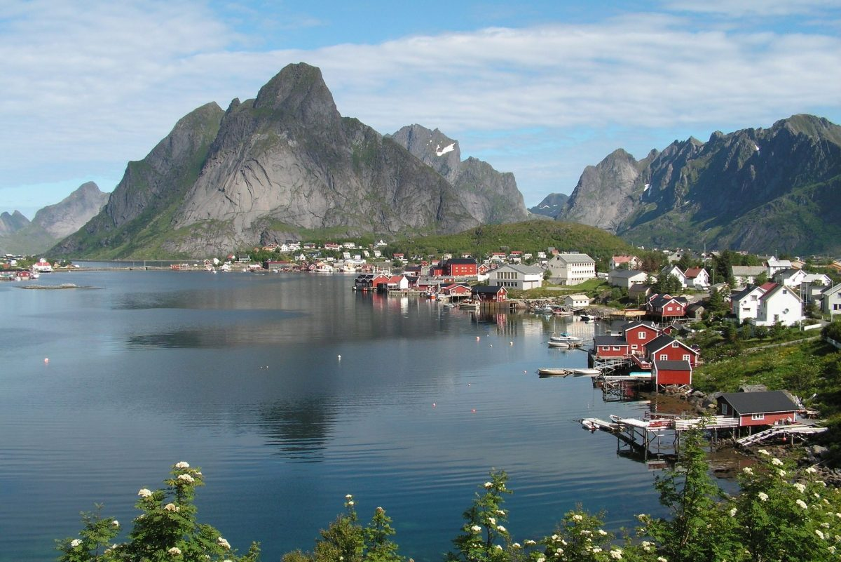 Solo Trip to Norway & Solo Holidays Norway (Image Credit: Pixabay)