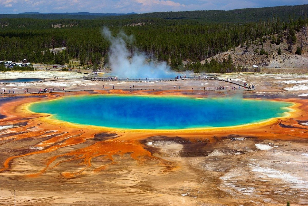 Grand Prismatic Spring, Yellowstone Nationalpark, Singlereisen, Solo Travel (Bild: MikeGoad, Pixabay)