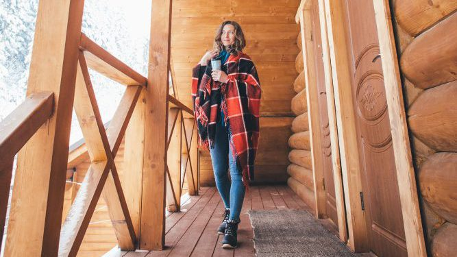 Singles Ski Trip, Solo Ski Trip, Ski Trips, Ski Tours, Skiing Holiday Packages, Ski Vacation Packages, Group Ski Holidays, Ski Trip Packages, Snowboarding Trips, Snowboarding Vacation, Singles Holidays, Solo Travel, Singles Vacations, Solo Holidays (Image: Eugene Zhyvchik, Unsplash)